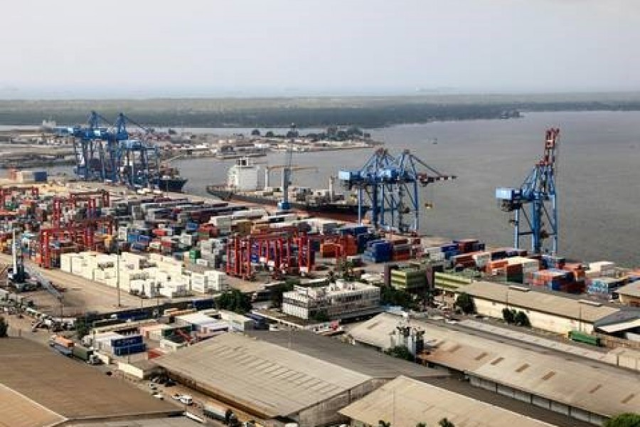 Port Autonome d'Abidjan breaks new productivity records for container handling